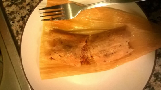 Photo of Red Chicken Tamales (Tamales Rojos de Pollo) by ladoña