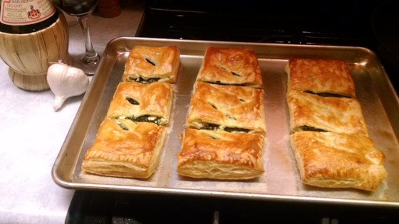 Spinach Rolls with Puff Pastry Recipe