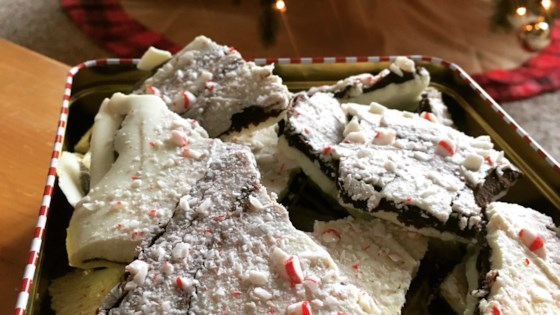 layered peppermint bark review by kellie
