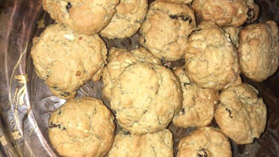 Photo of Low Sugar Oatmeal Raisin Cookie by Judy Sommavilla