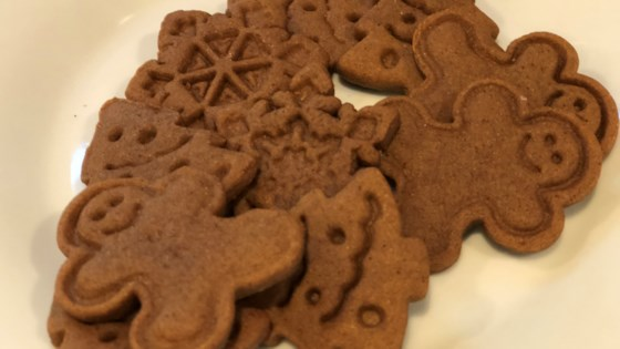 Photo of Easy Vegan Gingerbread Cookies by Fioa