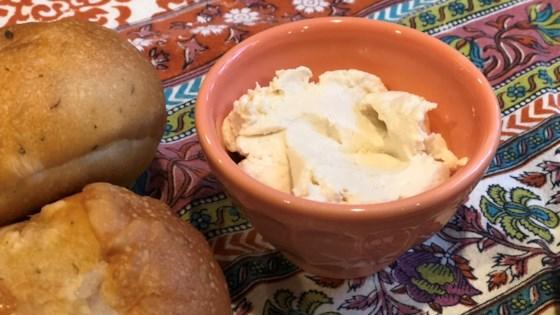 Photo of Vegan Homemade Plain Cream Cheese by Fioa