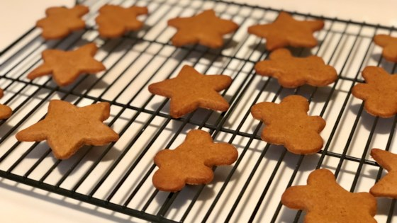 Photo of Gluten-Free Vegan Gingerbread Cookies by Fioa