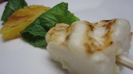 Photo of Espetinho de Queijo Coalho Com Abacaxi (Brazilian Grilled Cheese with Pineapple) by GraçaRibeiro