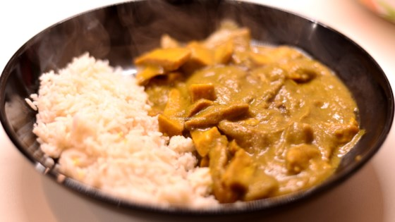 Photo of Vegan Seitan Curry with Rice by Greta Damancaunbraulio