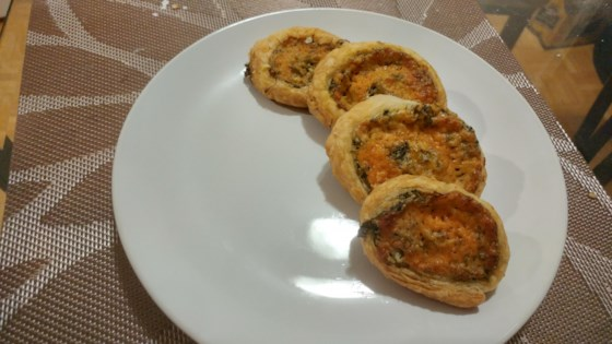 Photo of Cheddar and Spinach Pinwheels by Lauryn Macdonald