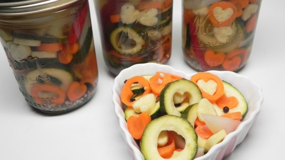 Pikle z cukinii (Pickled Zucchini)