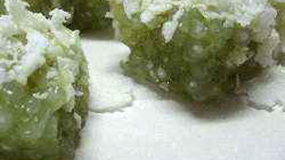 Photo of Steamed Pandan Tapioca Pearl Cakes by wiley