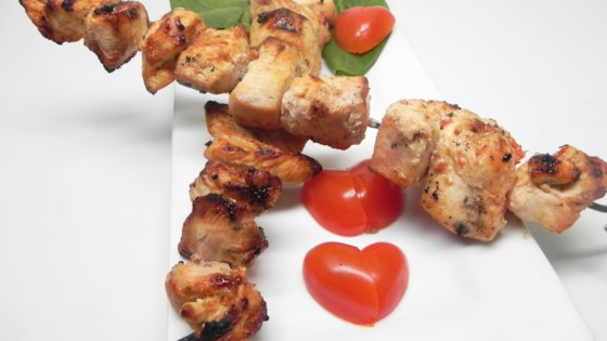 Shish Tawook (Mediterranean Chicken Kabobs)