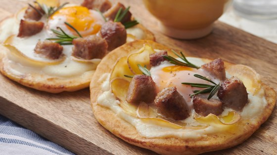 Photo of Breakfast Pizza with Sausage, Potato, and Cheese Sauce by Farmland Foods