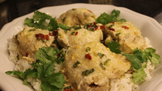 Photo of Juicy Asian Steamed Chicken Thighs by crys
