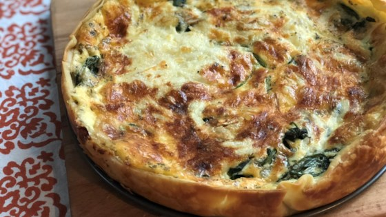 Photo of Easy Spinach and Gouda Cheese Quiche by Fioa