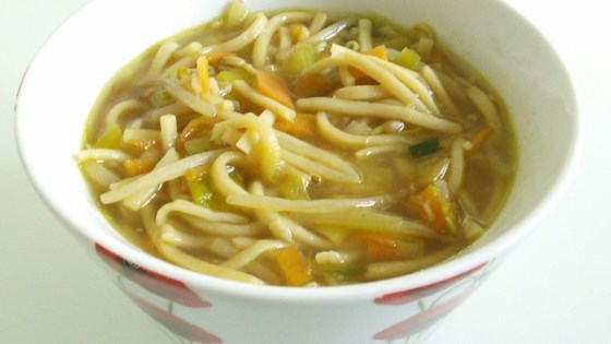 Photo of Quick and Easy Vegan Noodle Soup by twilight_falls