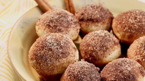 Photo of Easy Doughnut Puffs by KitchenResolution