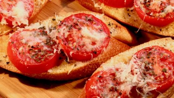 Photo of Chunky Garlic Bread by Helen Iorga