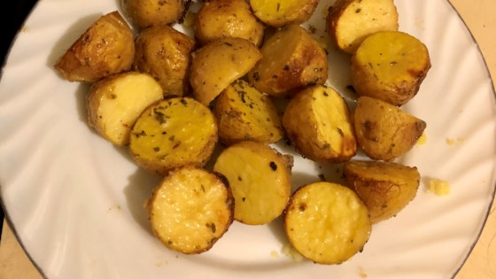 Photo of Garlic and Vinegar Roasted Potatoes by ToffeeSmiles22