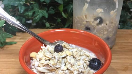 Photo of Vegan Blueberry Almond Overnight Oats by Vanessa Fregoso