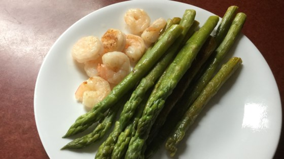 Photo of Pan-Fried Minty Asparagus by Syd