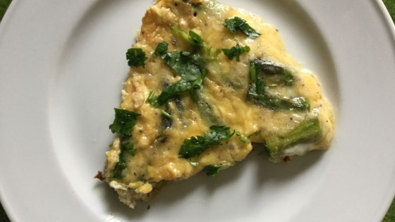 Photo of Easy Asparagus Frittata  by Marianne