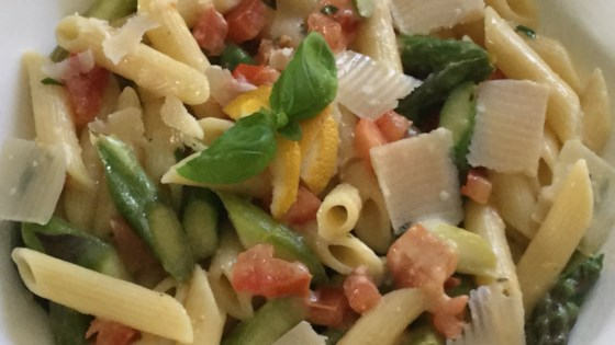 Photo of Pasta with Asparagus and Lemon Sauce by barbara