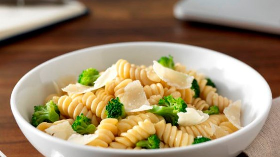Photo of Ready Pasta Rotini with Broccoli and Cheese by Barilla Canada