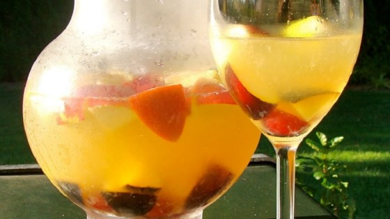 Photo of White Peachy Sangria by Caelynne