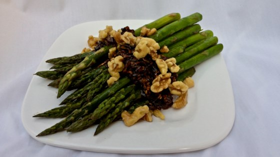 Photo of Skillet Asparagus with Caramelized Onions and Walnuts by Bibi