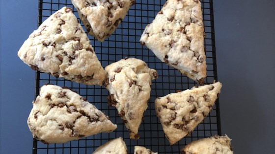 easy cinnamon chip scones review by kenneth g moore