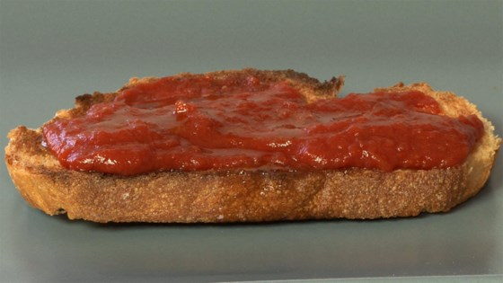Photo of Pan Tomaca (Spanish Tomato Bread) by Luis Luna