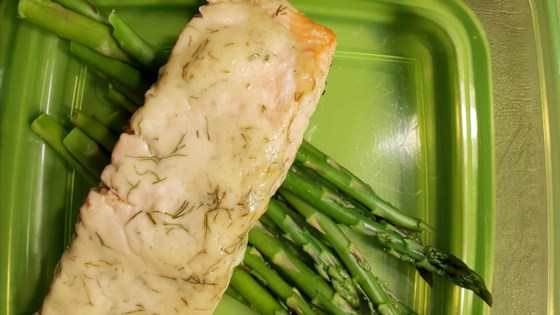 Photo of Grilled Salmon with Dill Sauce by Desertdutchman