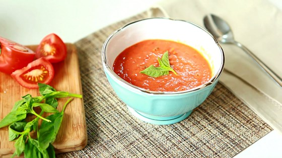 hearty hot or cold roasted tomato soup review by myerss