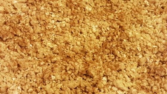 Photo of Easy Apple Crisp by Sarena