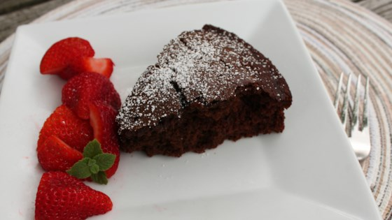Photo of Easy Vegan Chocolate Cake by Julia Skala