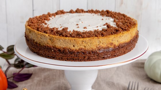 Photo of Pumpkin Gingersnap Cheesecake by In The Raw
