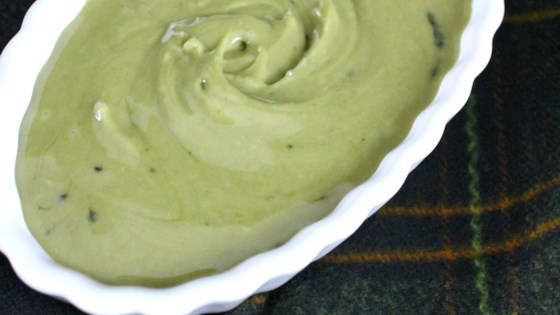 Photo of Vegan Matcha Icing by Fioa