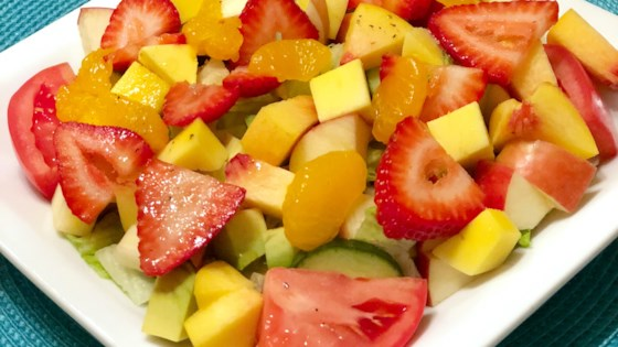 Photo of Scrumptious Breakfast Salad by Ilovefood