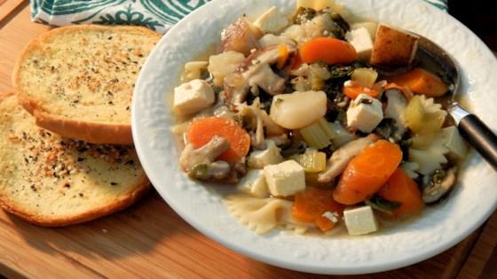 Photo of Best Homemade Vegan Vegetable Soup by Chelsea