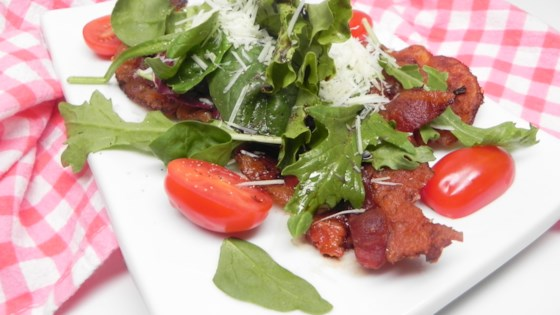 Photo of Grilled Bacon Salad with Arugula and Balsamic by lindarosario