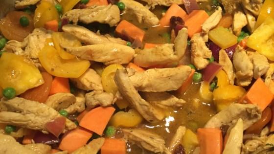 Photo of Tajine de Poulet aux Carottes et Patates Douces (Chicken and Sweet Potato Tagine) by Fatilala