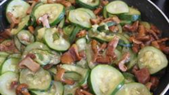 Photo of Zucchini with Chanterelle Mushrooms by stella
