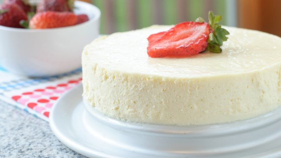 Low-Carb Sugar-Free Instant Pot® Cheesecake Recipe