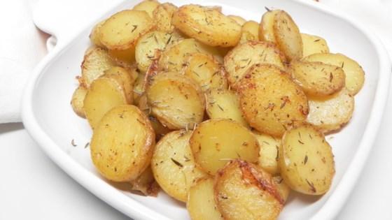 Photo of Instant Pot® Garlic Roasted Melting Potatoes  by Fioa