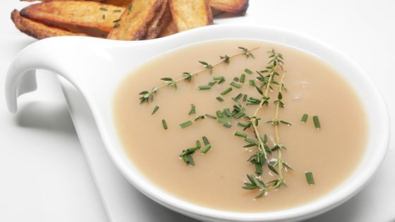 Photo of Turkey Gravy with Shallots and Herbs by Cdericso