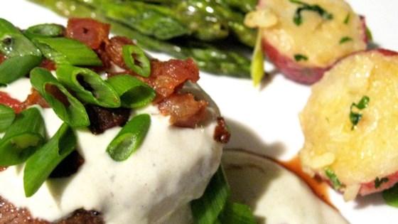 Grilled Filet Mignon with Gorgonzola Cream Sauce