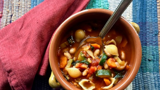 Photo of Easy Minestrone Soup by Bibi