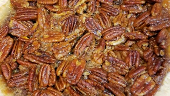 honey crunch pecan pie review by stephanie lane hayward