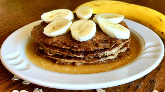 Photo of Oatmeal-Banana Pancakes by Yoly