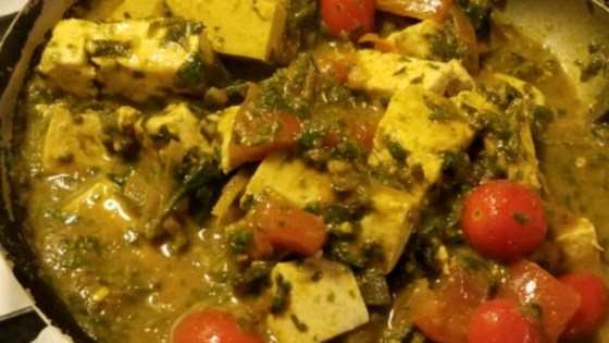Photo of Easy Palak Paneer by Melanie Lacaille
