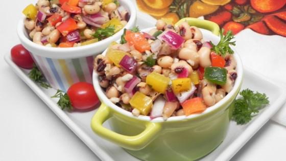 Photo of Garlic Lemon Black-Eyed Pea Salad by icklecarriekins