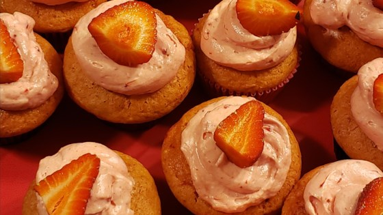 Photo of Triple Strawberry Cheesecake Cupcakes by kholland